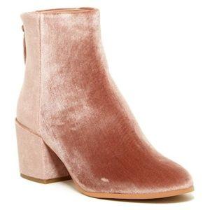 NEW Dolce Vita Mirra Ankle Booties Blush Velvet 10